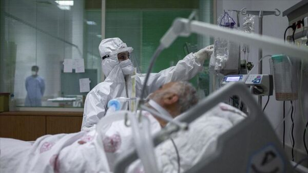 Researchers found that quarter of the intensive care rooms containing COVID-19 patients were contaminated with the virus's genetic material