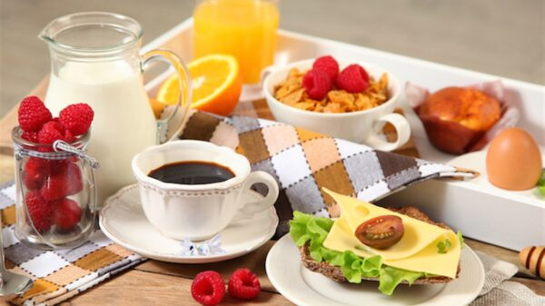 The body needs a lot of energy to work at its maximum. Some foods can ruin our morning as others can do the opposite.