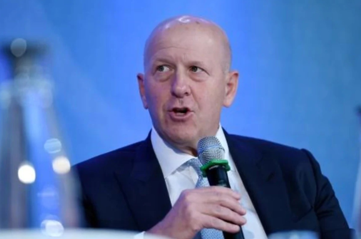Goldman Sachs reduced its CEO's salary in the wake of the bank's scandal with the 1Malaysia Development Berhad.
