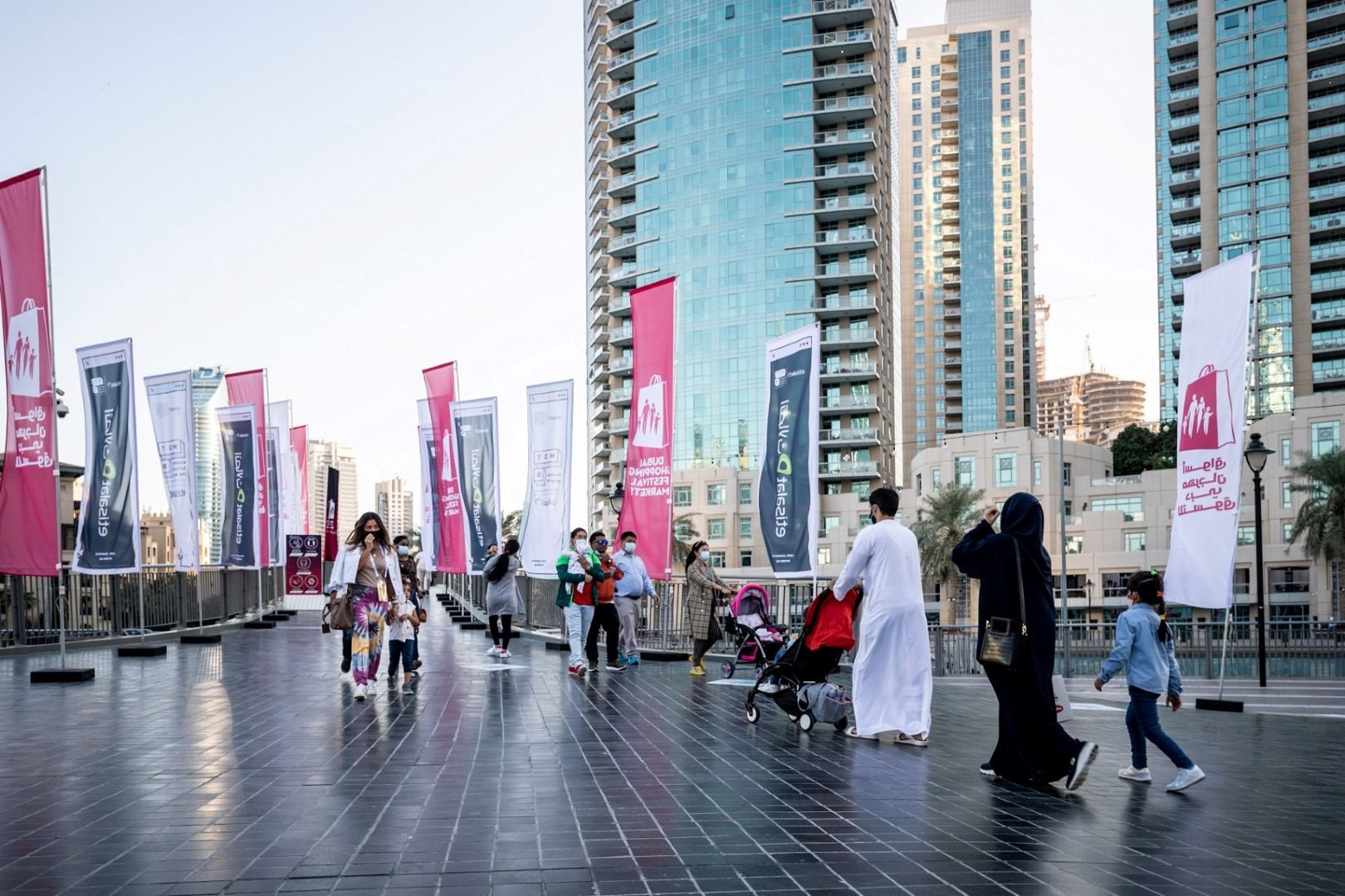 ستاندرد آند بورز: دبي شهدت أكبر انخفاض سكاني في الخليج