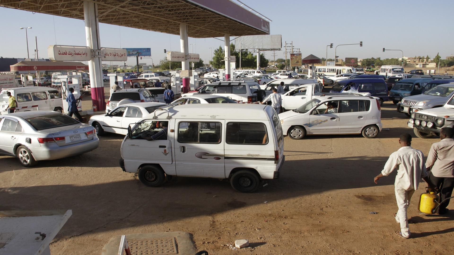 السودان ترفع أسعار الوقود