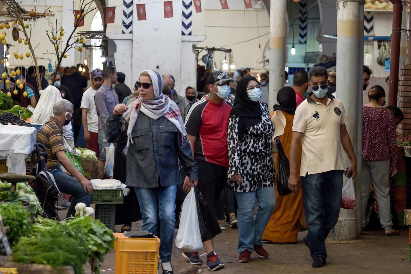 تونس تواجه شبح الإفلاس