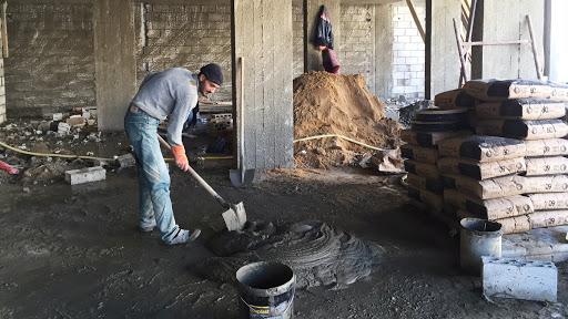 العمال اللبنانيين