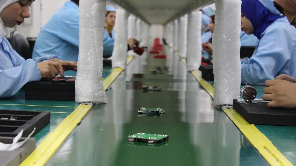 Qatar electronic devices factory