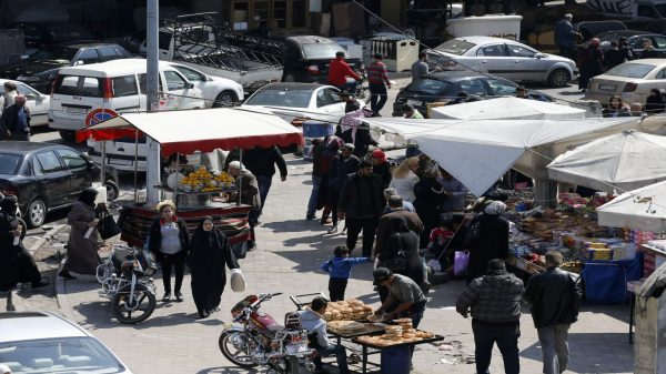 Low-income employees in Syria