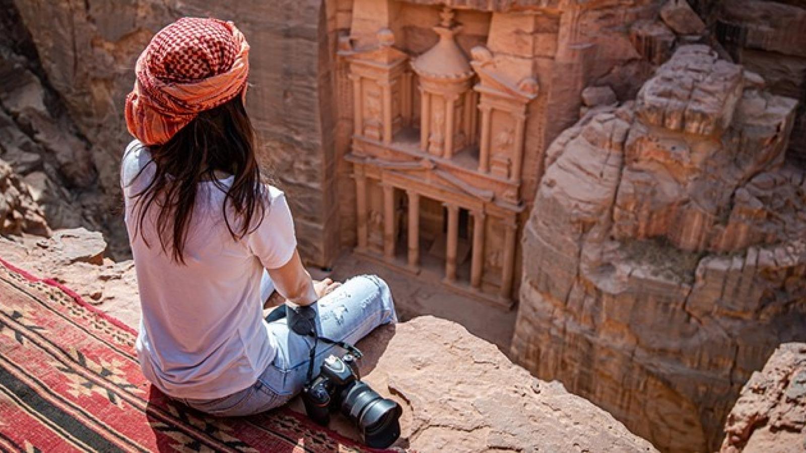 قطاع السياحة